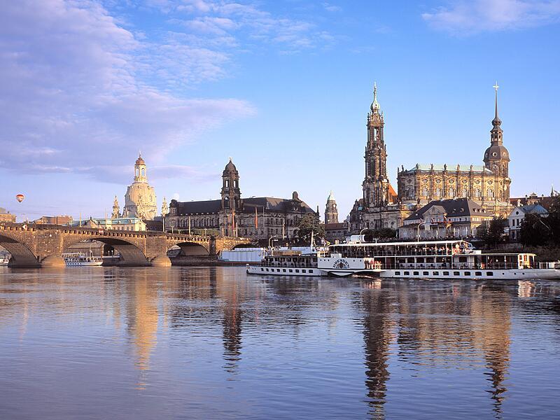 Bild zu Frauenkirche Dresden und Altstadt