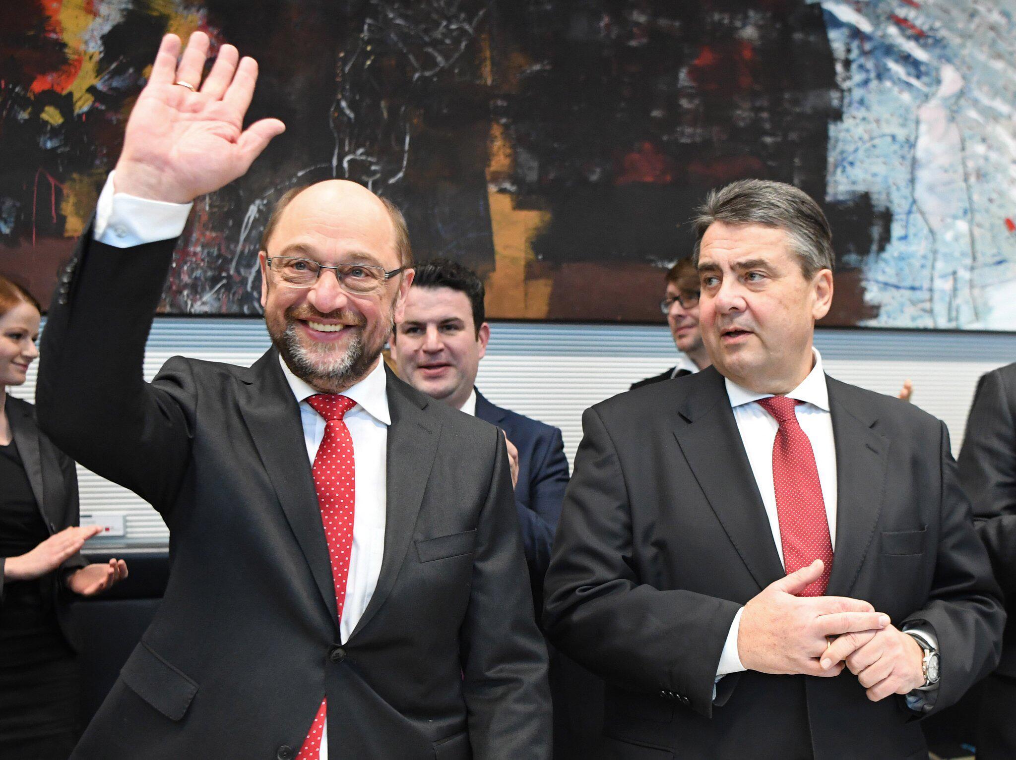 Bild zu Martin Schulz, Sigmar Gabriel