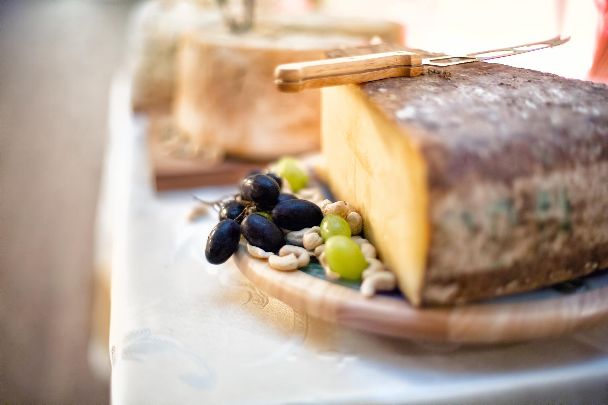 Bild zu Käse, Rinde, mitessen