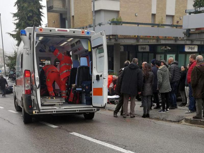 Bild zu Schüsse in Macerata