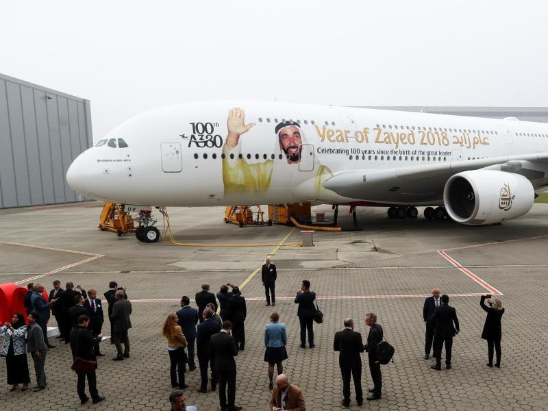 Bild zu Airbus A380 der Emirates Airline
