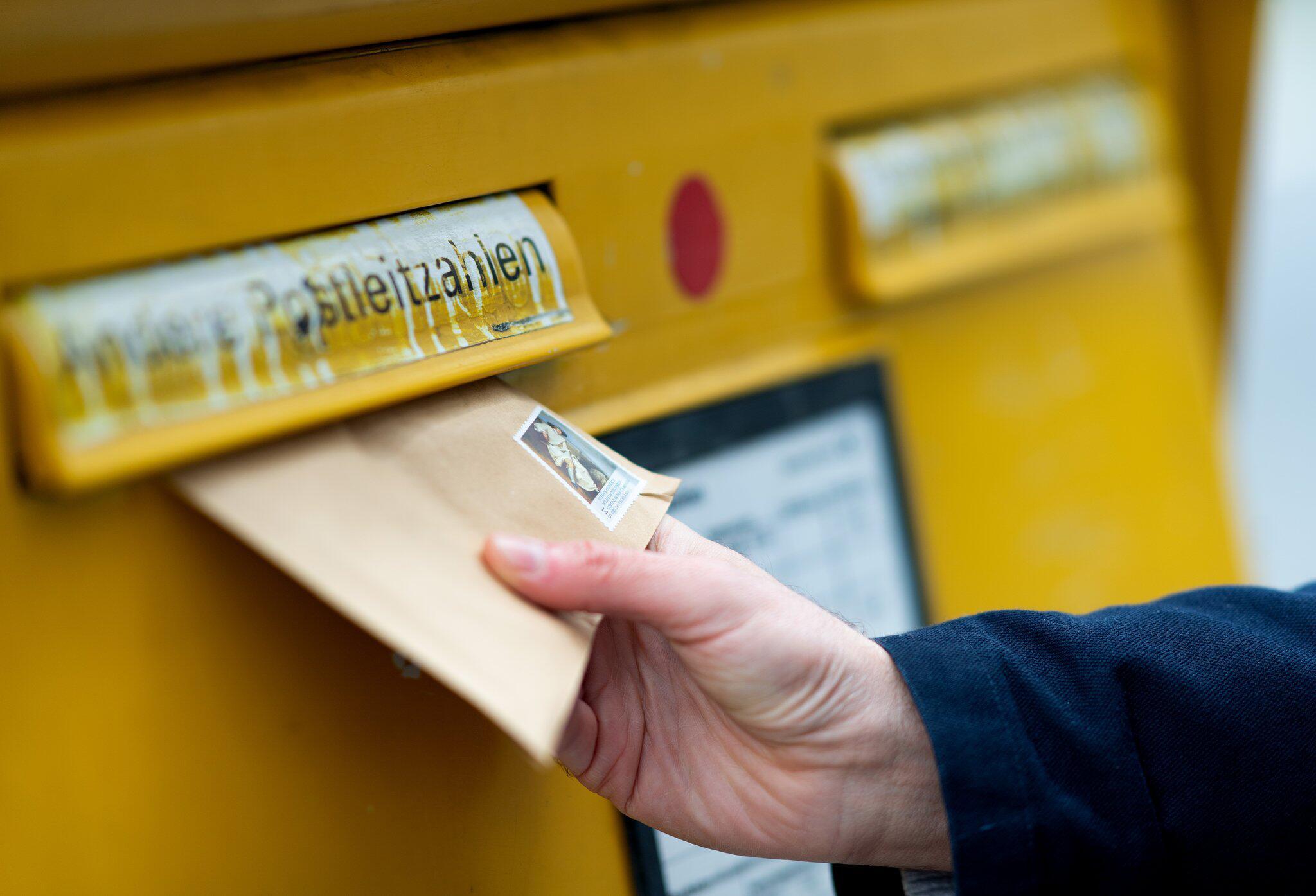 Bild zu Post betreibt weniger Briefkästen