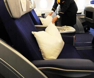 Kissen auf dem Sitz