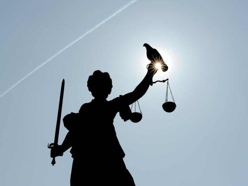 Bild zu Urteil über selbstständige Geistheiler