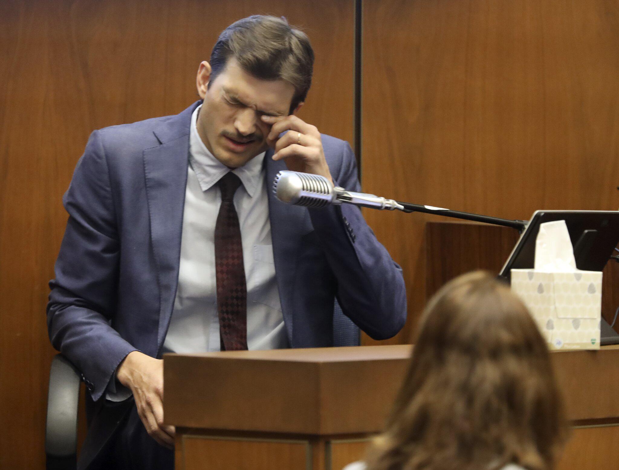 Bild zu Ashton Kutcher sagt in Mordprozess gegen «Hollywood Ripper» aus