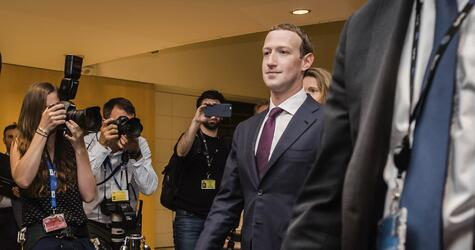 Facebook-Chef Zuckerberg im EU-Parlarlament