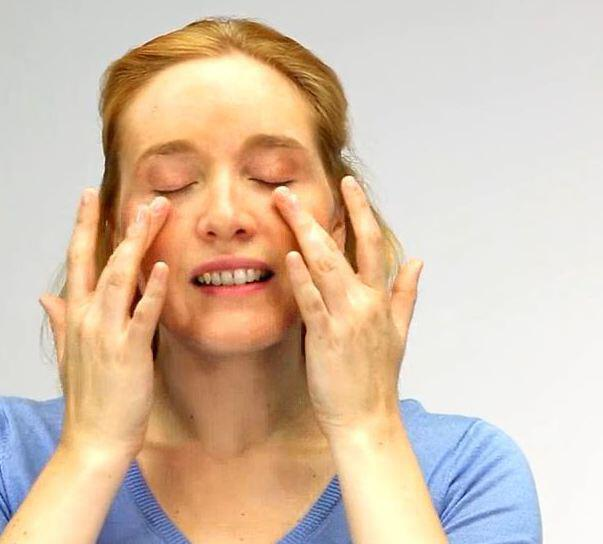 Bild zu Sieben Tipps gegen trockene Haut