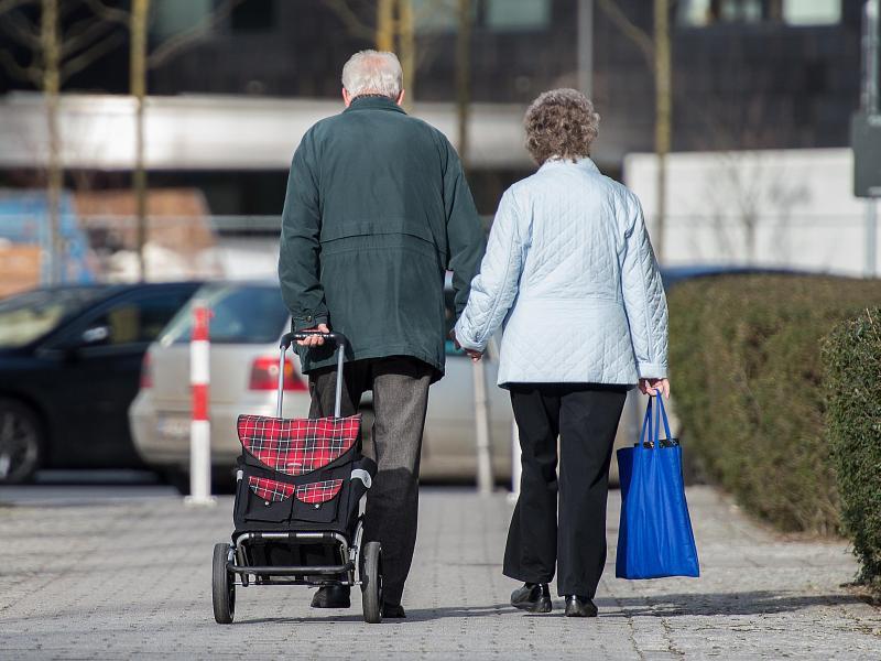 Bild zu Rentner in Berlin