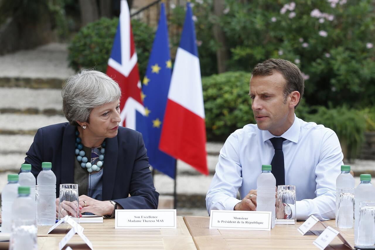Bild zu Brexit-Treffen zwischen Macron und May