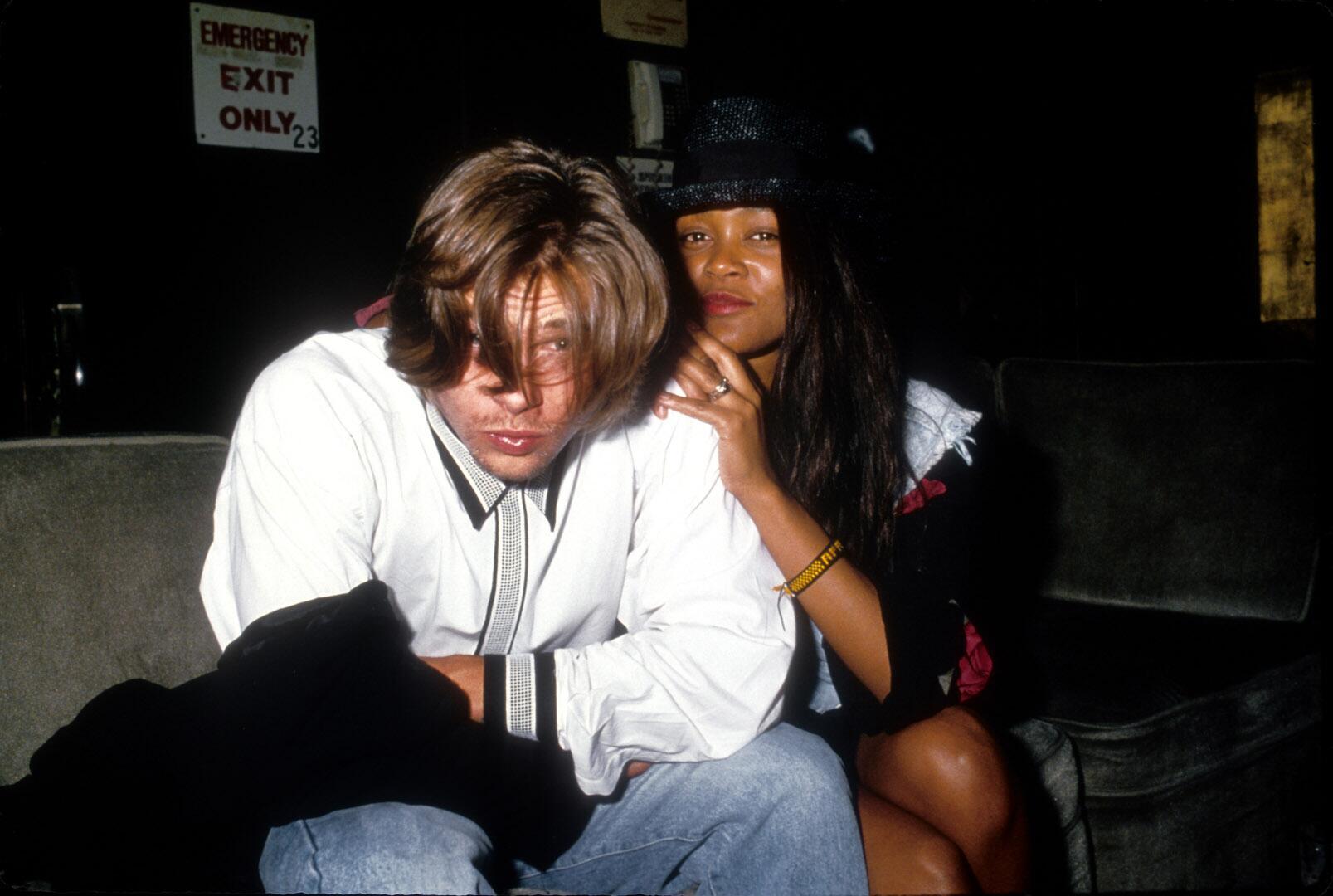 Bild zu Brad Pitt, Freundin, Robin Givens