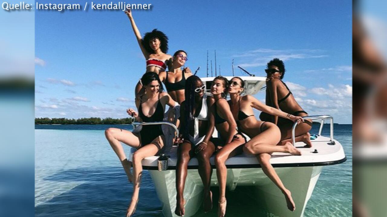 Bild zu Kendall Jenner, Bella Hadid und Hailey Baldwin feiern halbnackt auf den Bahamas