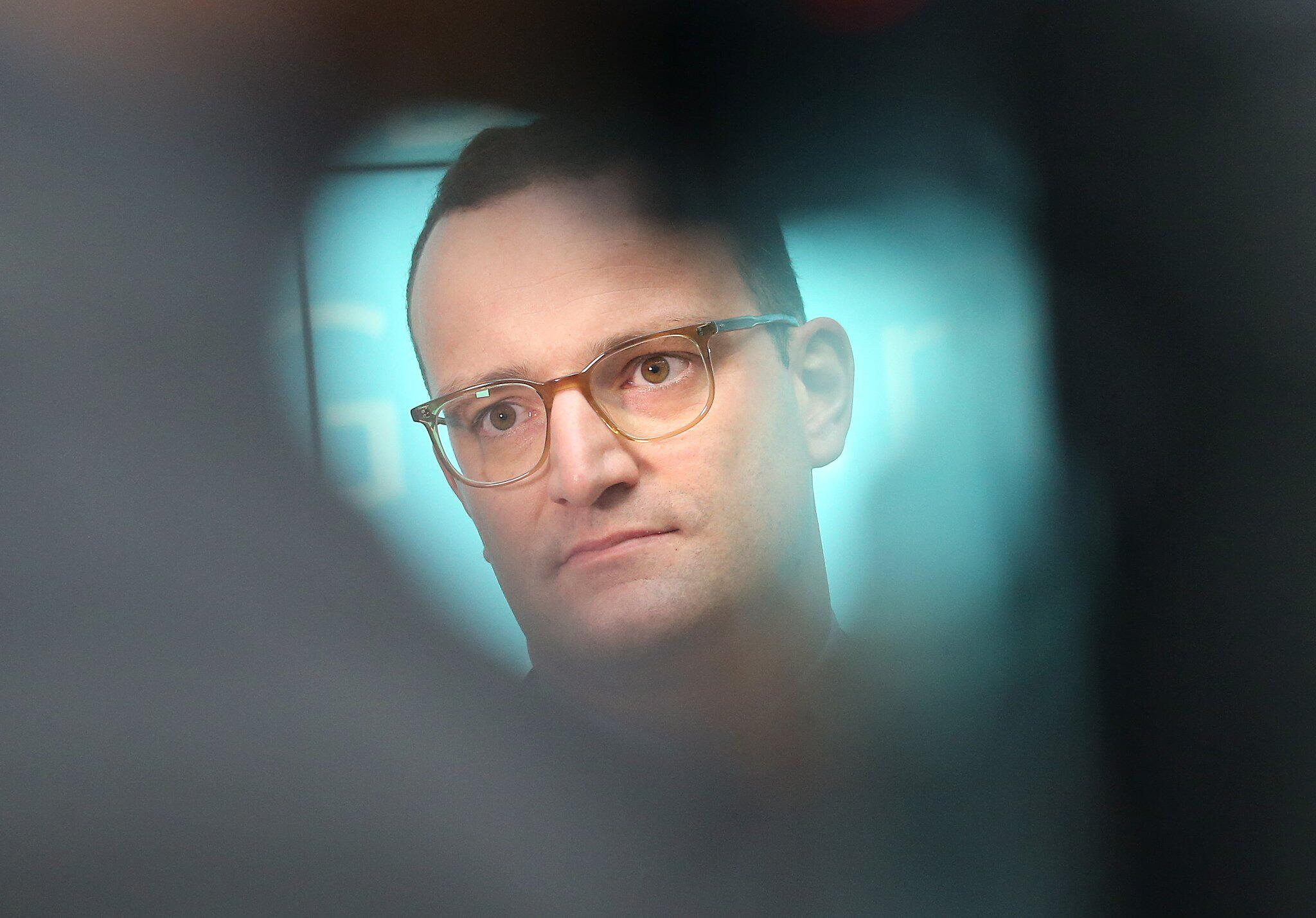 Bild zu Statement by Spahn after cabinet meeting