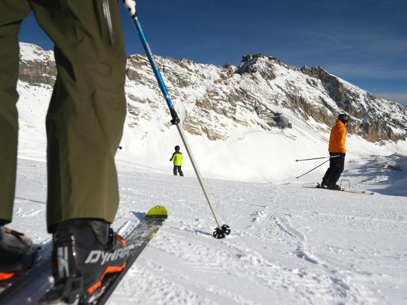 Bild zu Skifahren auf der Zugspitze
