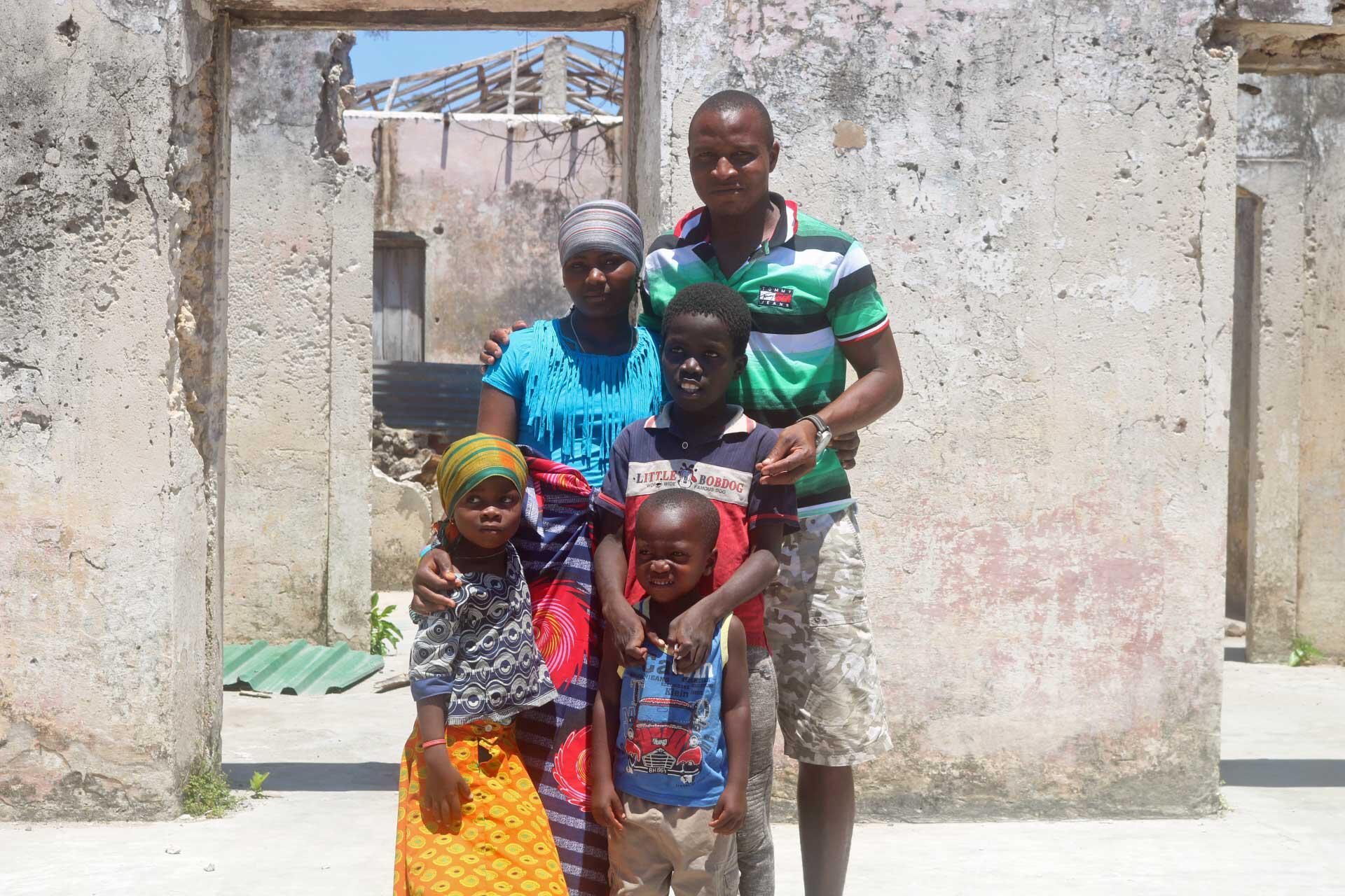 Bild zu Ussene und seine Familie in Mosambik