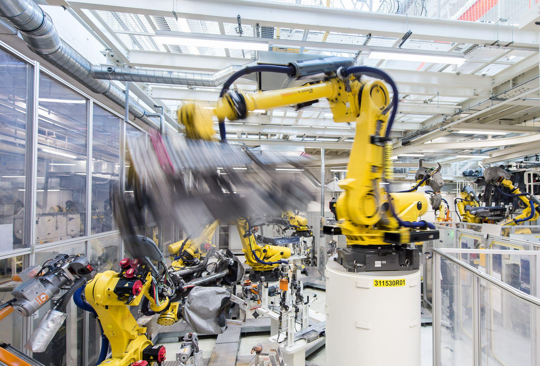 Bild zu Industrie, Roboter, Industrieroboter