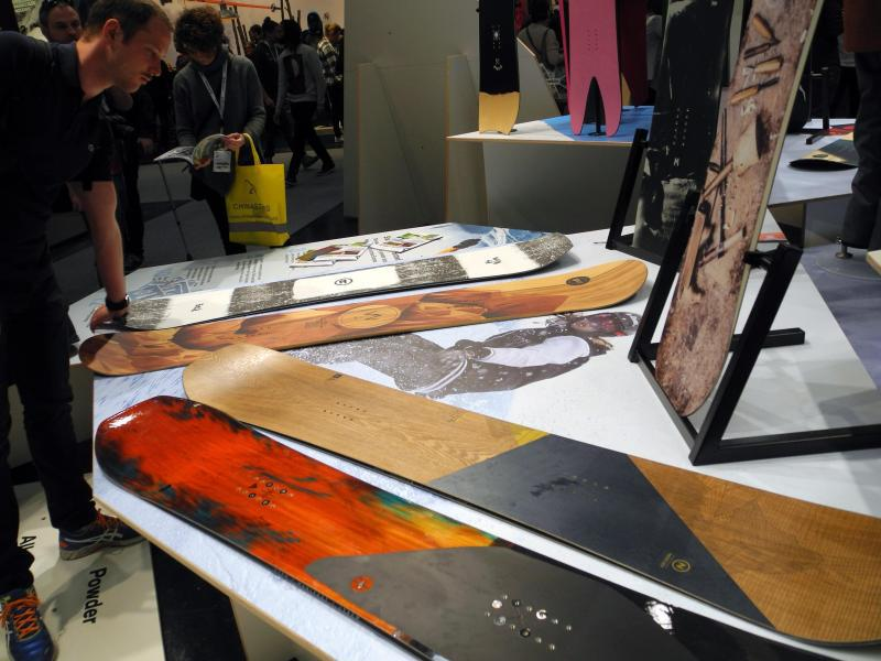 Bild zu Snowboards für Individualisten