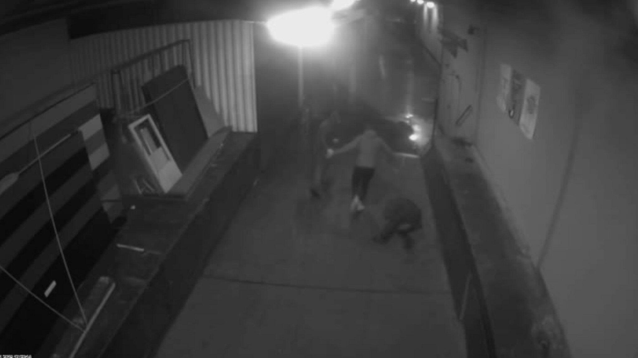 Bild zu Video of attack on Bremen AfD chief
