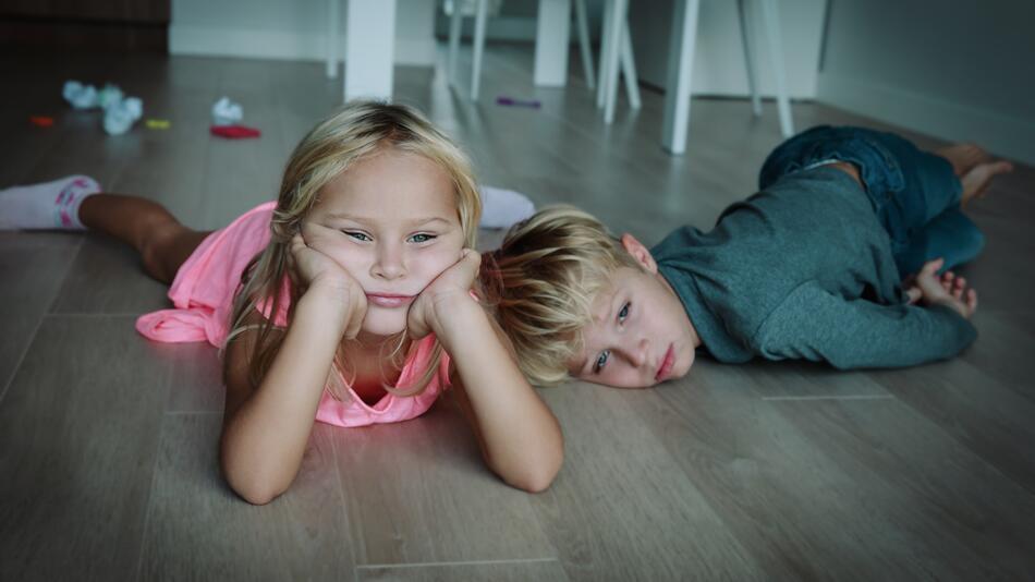 Kinder, Spiele, Zuhause, Langeweile, Ideen, Beschäftigung, Tipps