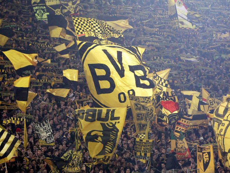 Bild zu Die gelbe Wand