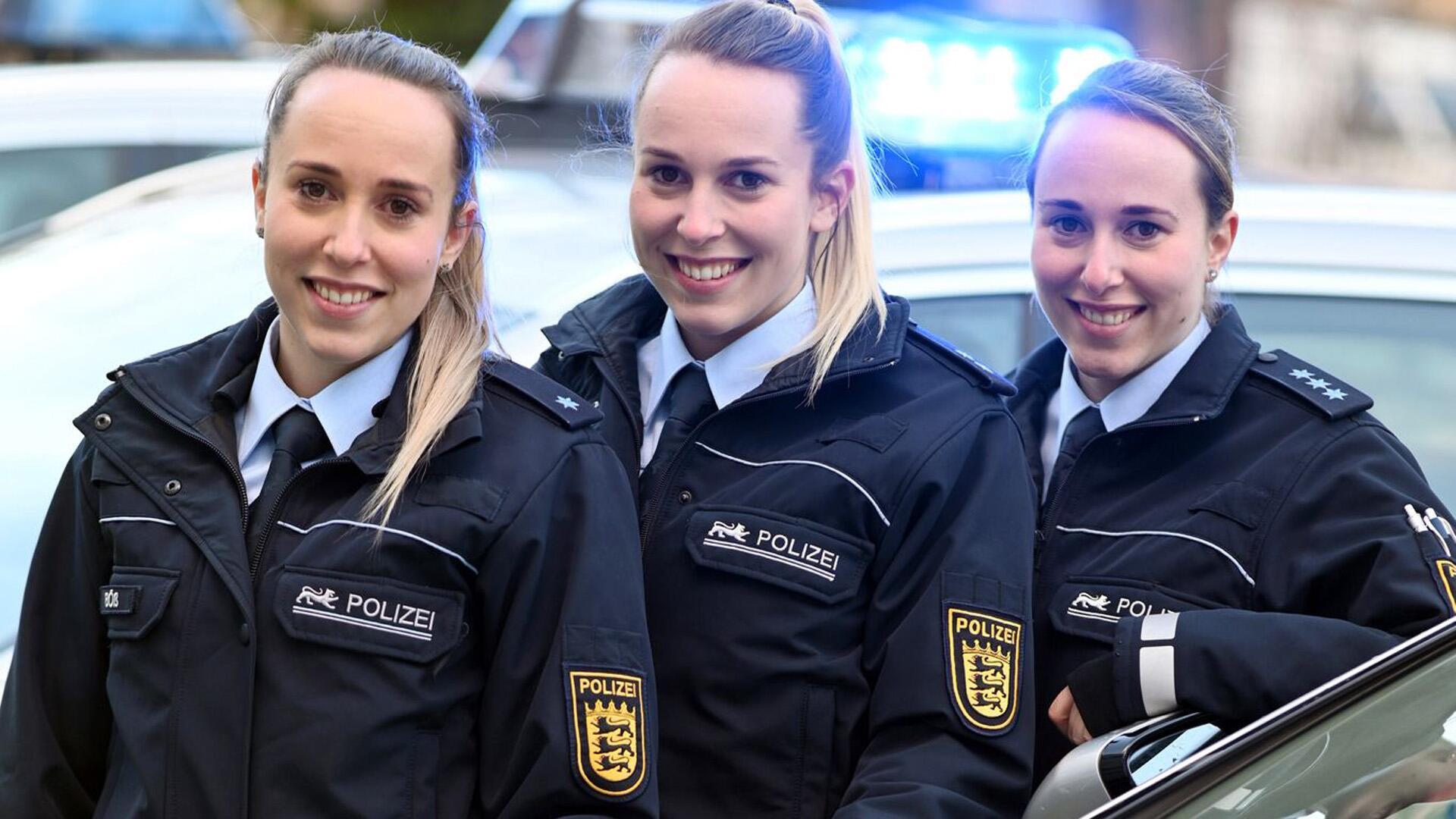 Bild zu Drillinge bei der Polizei