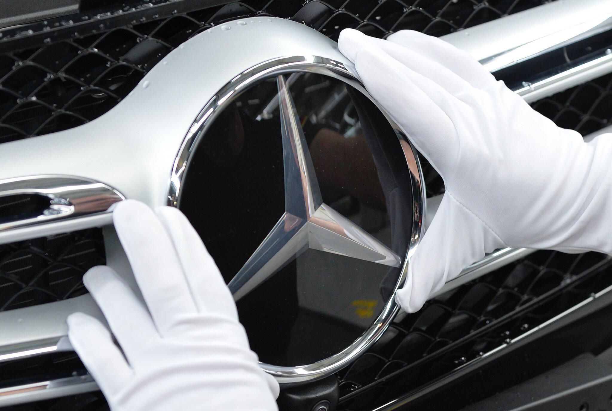 Bild zu Produktion bei Mercedes-Benz