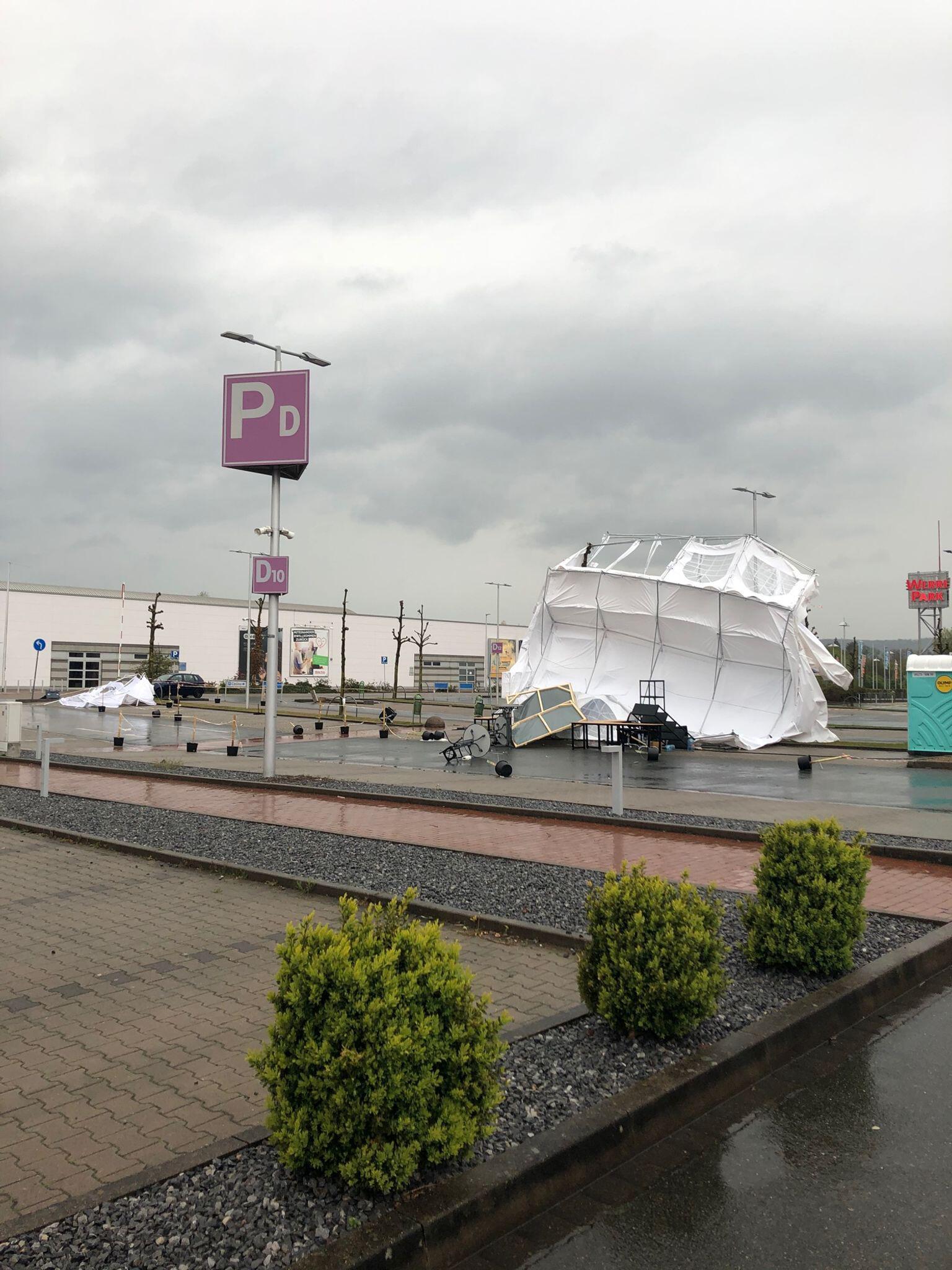 Bild zu Sturmtief Eugen - Testzentrum umgeweht