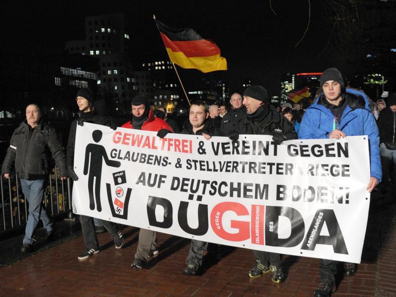 Bild zu Aktion in Düsseldorf