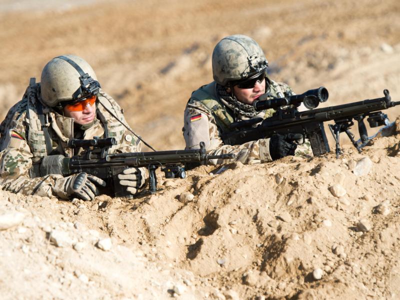 Bild zu Bundeswehrsoldaten