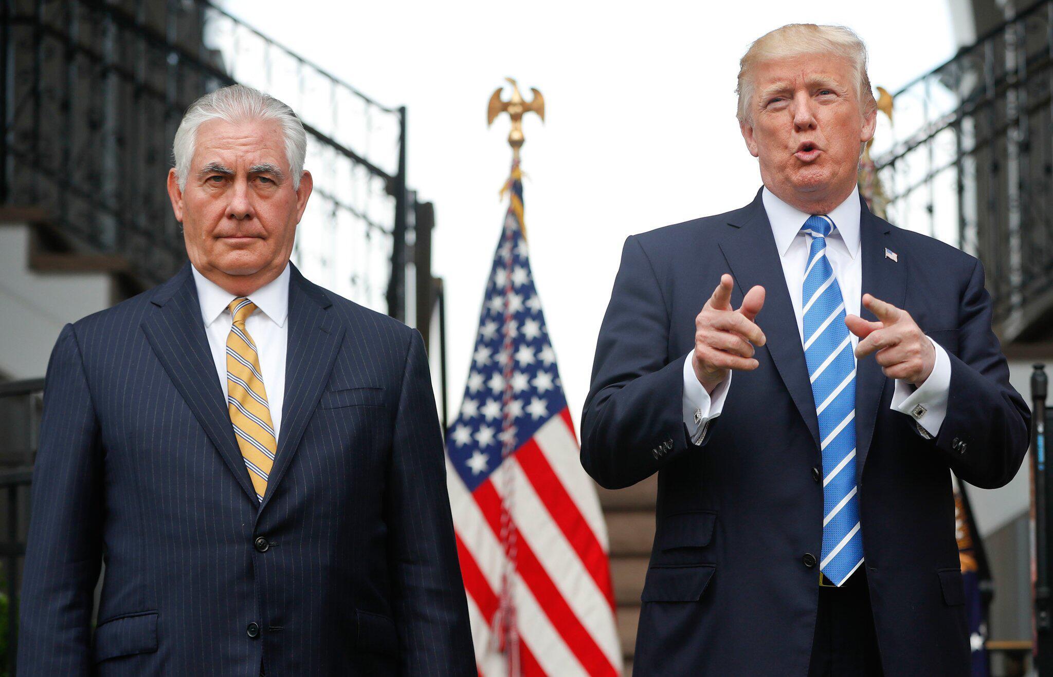 Bild zu Rex Tillerson und Donald Trump