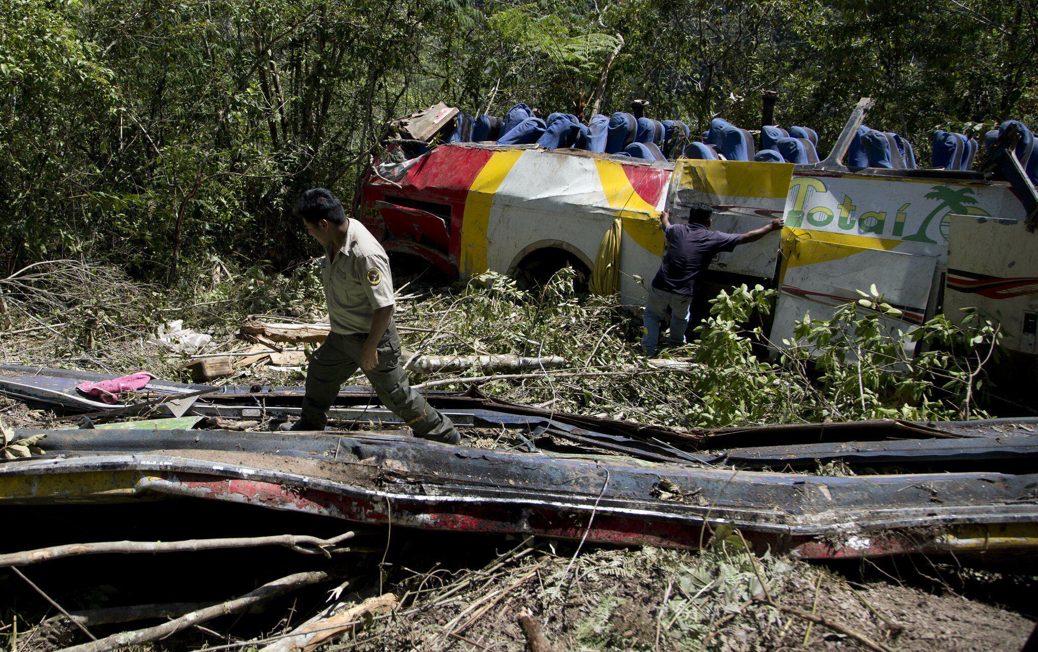 Bild zu Busunfall in Bolivien