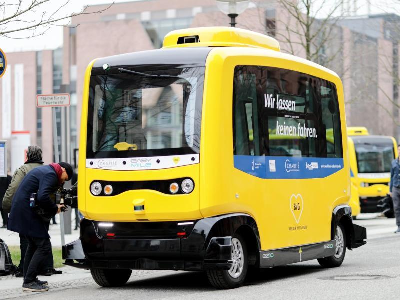 Bild zu Fahrerlose Minibusse