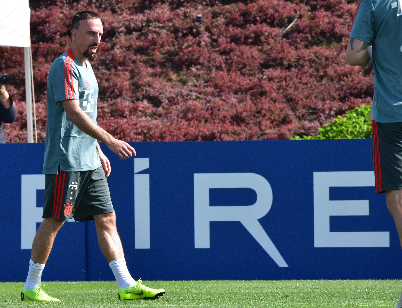 Bild zu Ribéry, Bayern, München, Doha, Trainingslager, Bundesliga, Steak