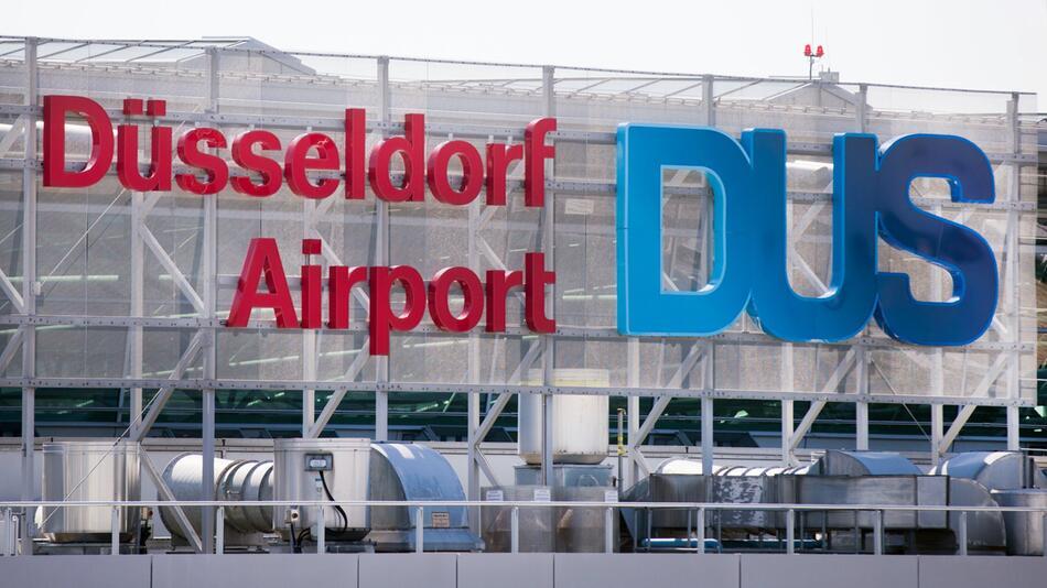 Flughafen Düsseldorf, Airport