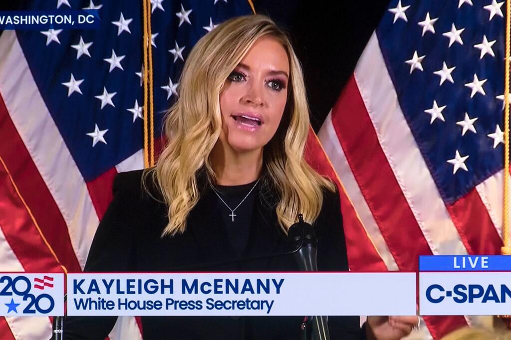 Fox News schaltet von Pressekonferenz des Trump-Teams weg