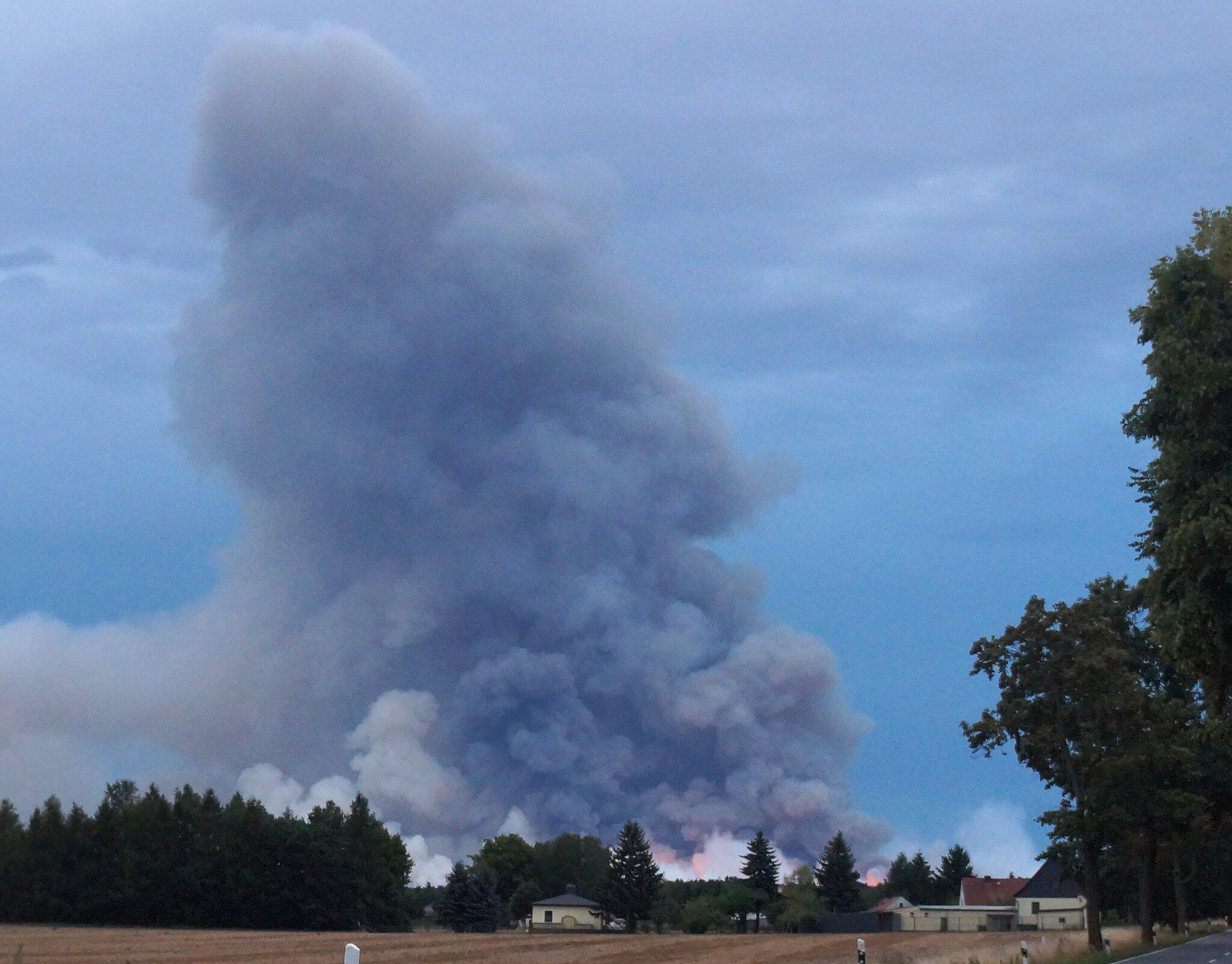 Bild zu Waldbrand in Südbrandenburg