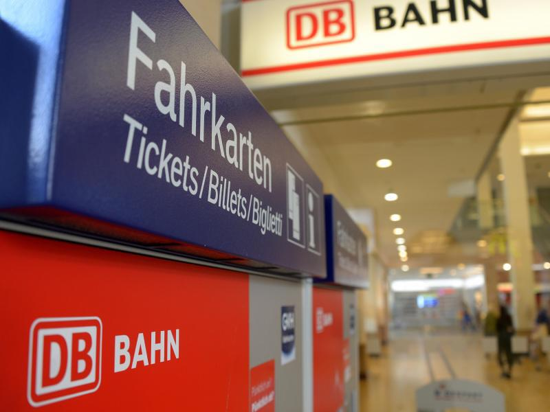 Bild zu Fahrkartenautomat