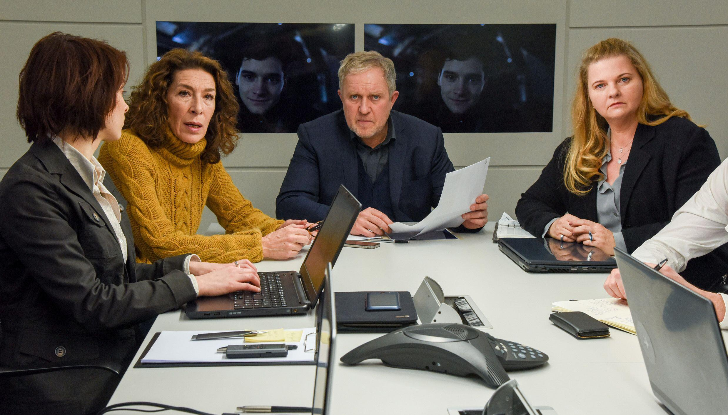 Bild zu Tatort, Wien, Harald Krassnitzer, Adele Neuhauser