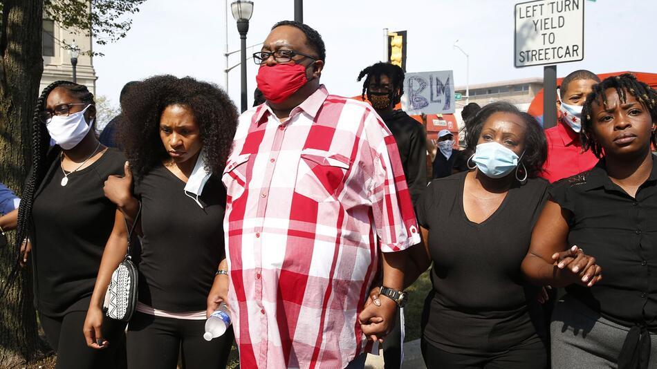 Proteste nach Schüssen auf Schwarzen bei Polizeieinsatz