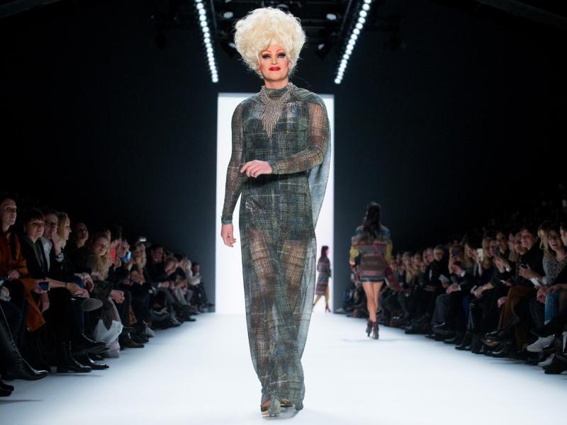 Bild zu Berlin Fashion Week - Riani