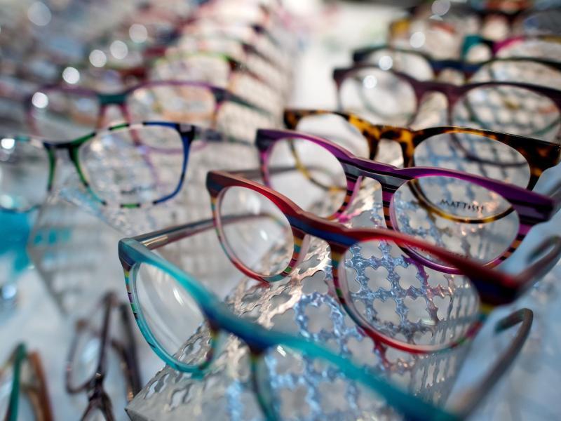 Bild zu Brillengestelle