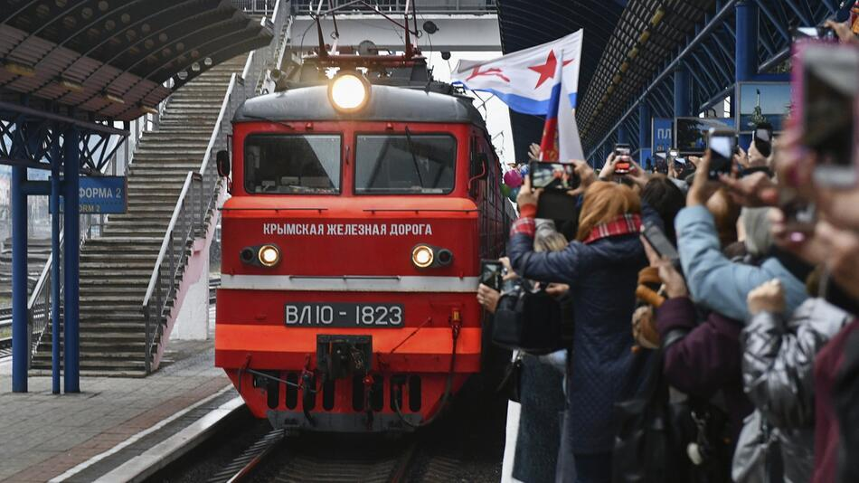 Strafverfahren der Ukraine gegen ersten russischen Zug auf Krim