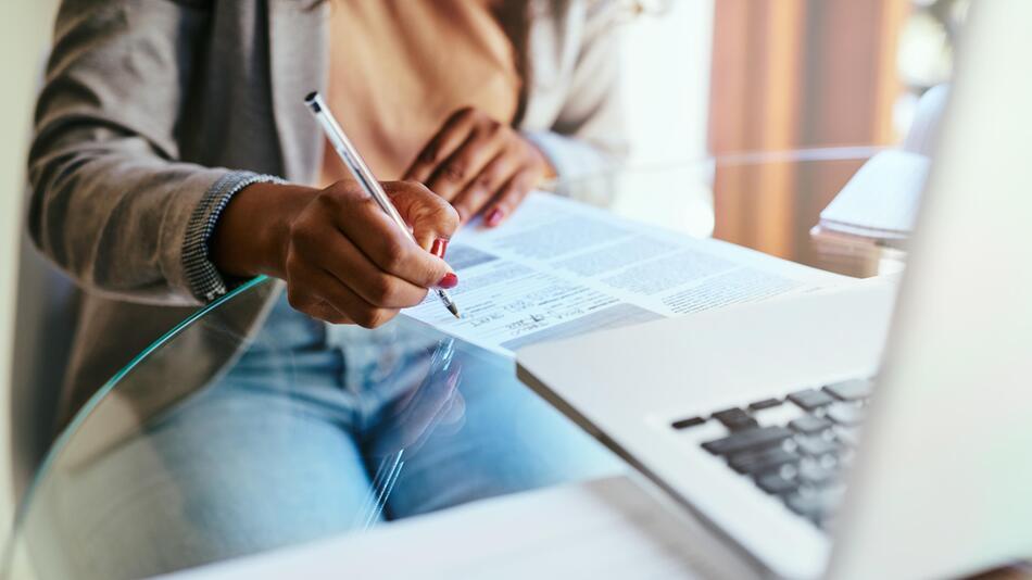 Berufsunfähigkeitsversicherung, Beruf, Krankheit, Versicherung, berufsunfähig, BU, Finanz, Job,