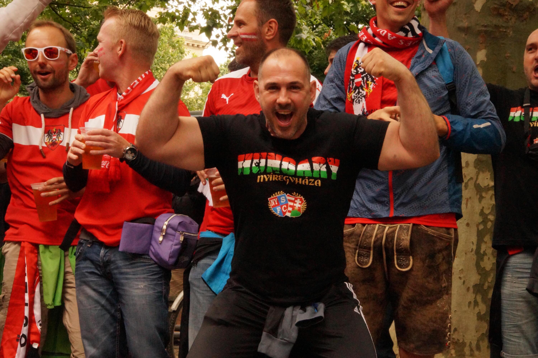 Bild zu Ungarn - Österreich, EM 2016, Fans