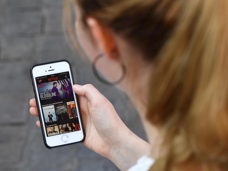 Bild zu Netflix wird global