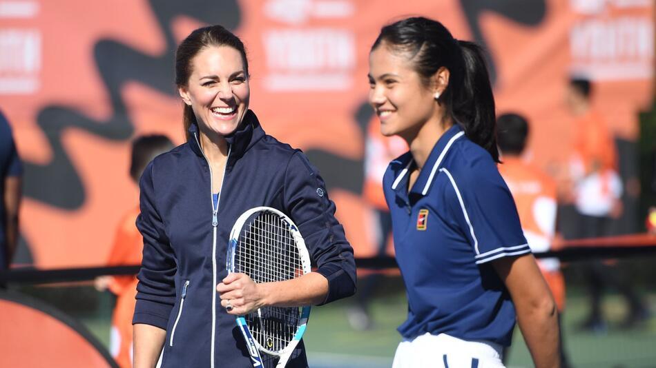 Herzogin von Cambridge besucht das Nationale Tenniszentrum