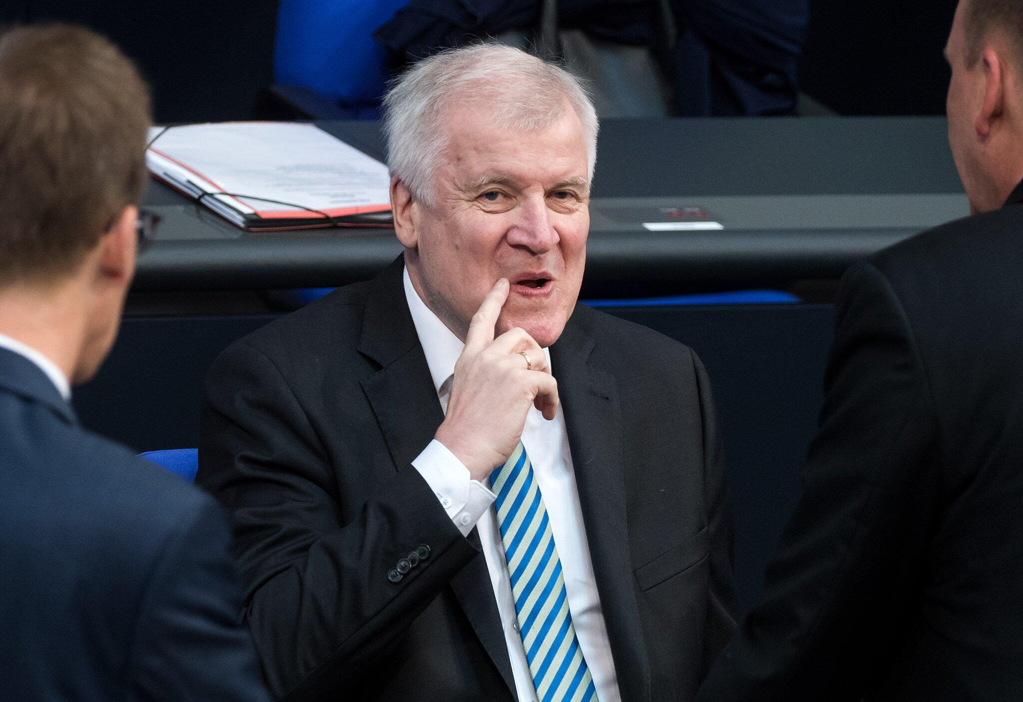 Bild zu Bundestag (German parliament)
