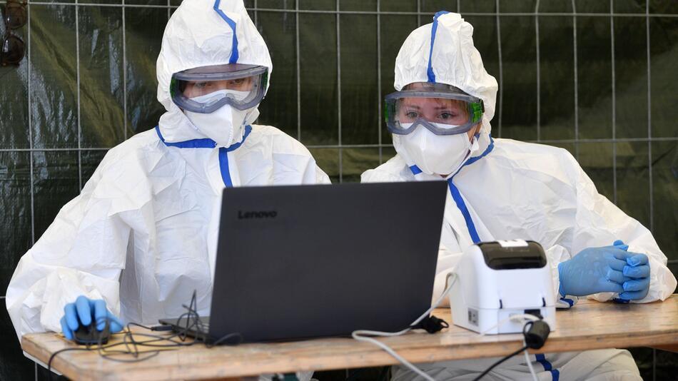 Coronavirus - Tests bei Tönnies Weißenfels