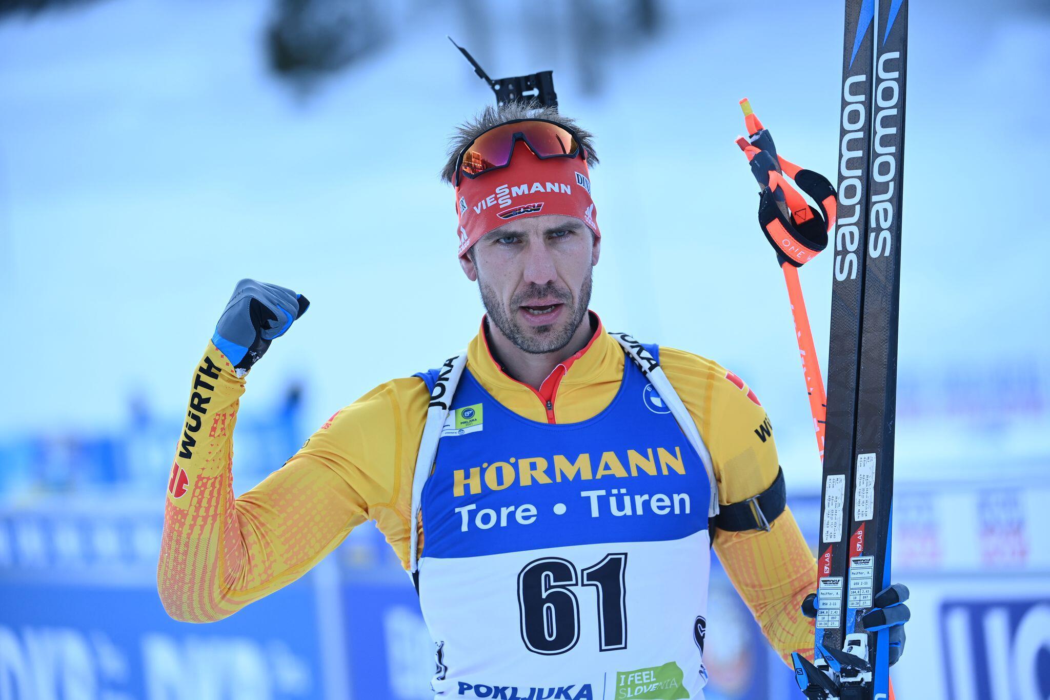 Bild zu Biathlon Weltmeisterschaft