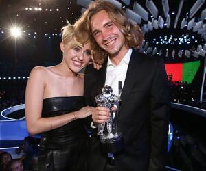 Miley Cyrus, Jesse Helt, MTV Video Music Awards, 2014