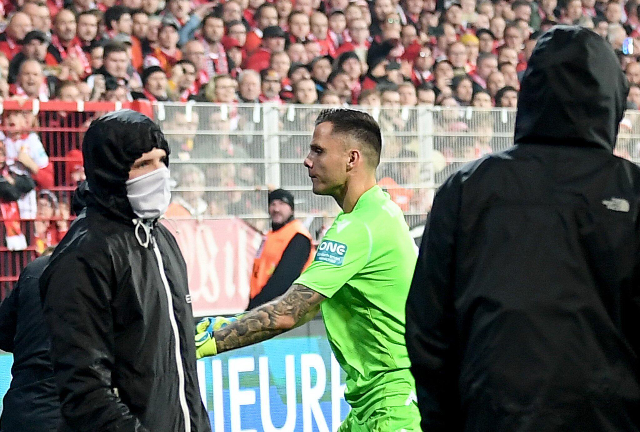 Bild zu 1. FC Union Berlin, Hertha BSC, Rafal Gikiewicz, Chaoten, Ultras, Bundesliga